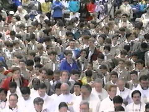 Boy Scouts Assist Pope John Paul II Mass in Central Park, New York City, Oct. 7, 1995