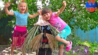 ВЛОГ Выходные у Бабушки в Деревне Кормим Котика Барсика Играем с Животными Видео для детей