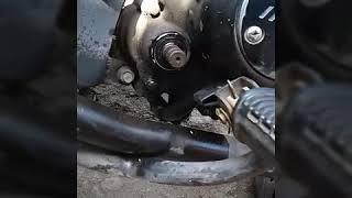 Video Tapar fisuras en tu moto si tira aceite download MP3, 3GP, MP4, WEBM, AVI, FLV April 2018