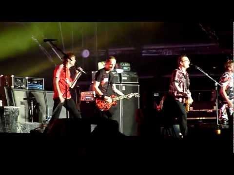 Die Toten Hosen - Halbstark [HD] live