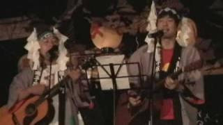 小川村小川神社の奉納演目で、急遽結成した奉納ブラザーズによる、坂本...