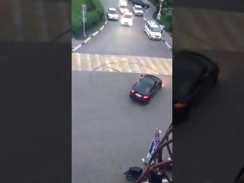 Жесть драка на дороге смотреть всем !!