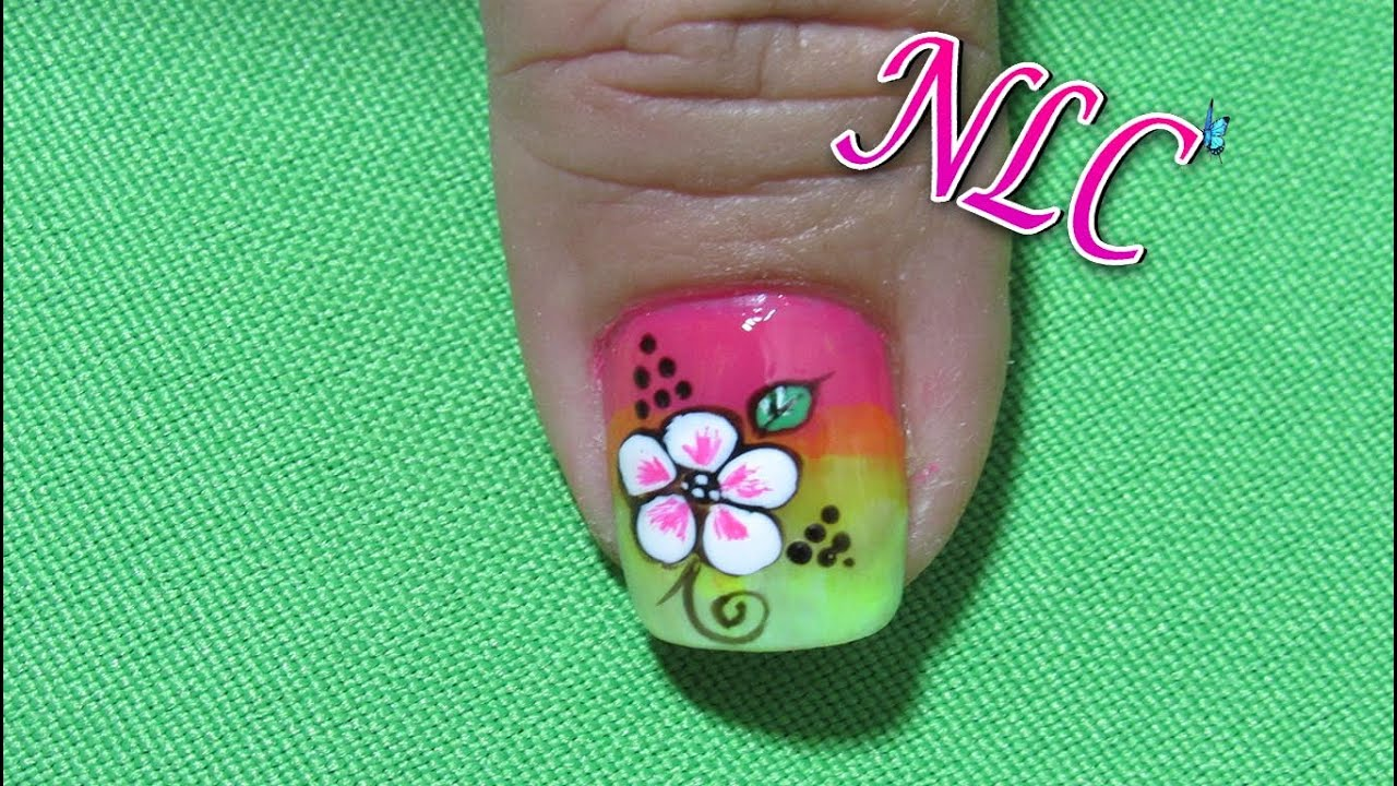 Decoración De Uñas Flores Sobre Degradado - Flower Nail art - Como ...