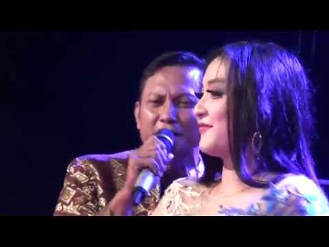 Elsa Syafira Kerinduan MANHATTAN Live Dangklik 2017