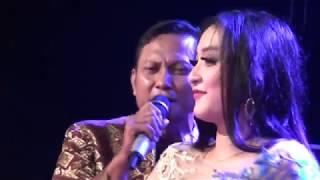 Download lagu Elsa Syafira Kerinduan MANHATTAN Live Dangklik 2017