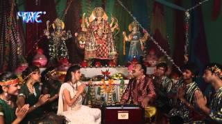 Maiya Ke Charno Me - मईया के चरणों में - Gopal Rai - Bhojpuri Devi Geet Song 2015