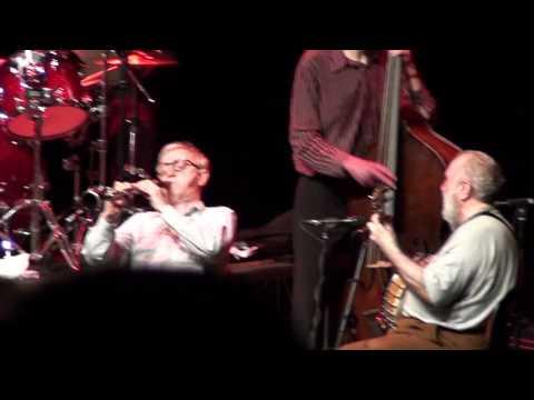 Woody Allen suona Bella Ciao