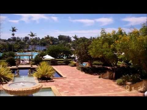 Sanctuary Cove Oasis - Village Walk Through