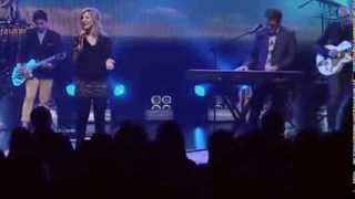 Darlene Zschech - Shout to The Lord & Agnus Dei (Revealing Jesus)