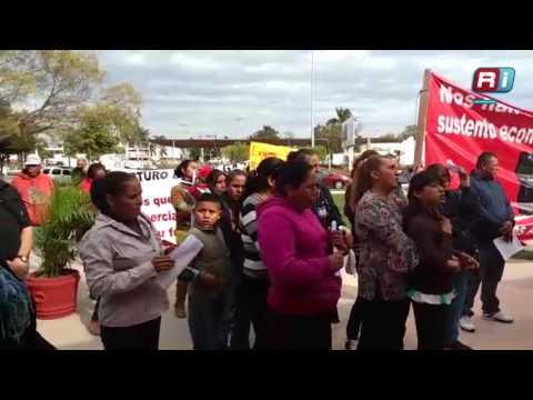 Boicotean comerciantes evento de Arturo Duarte