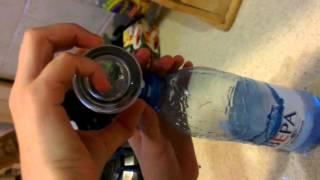 Проводим эксперемент: будет ли вода светиться?(Состав: Вода Перекись водорода 3% Соль Уксус., 2013-06-30T17:42:20.000Z)