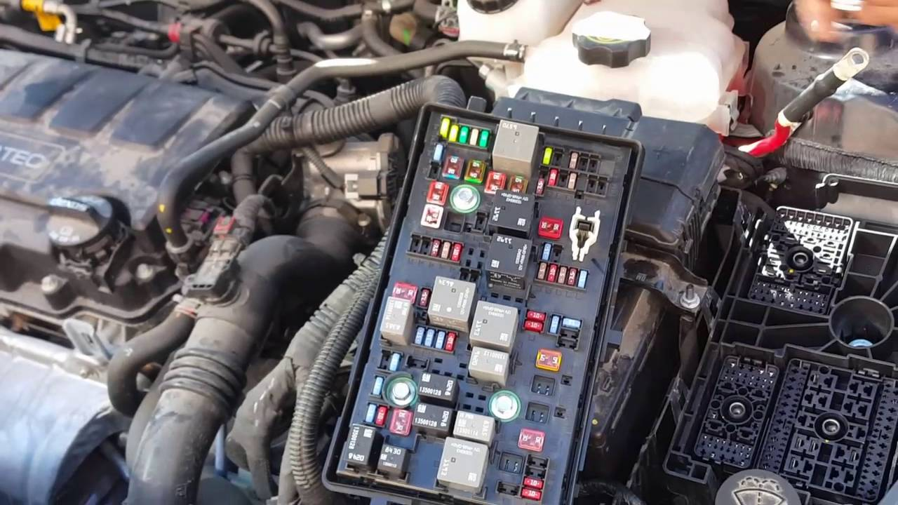 Chevy Cruze fuse box fails causes power windows, lights