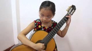 Bé Thùy Linh học viên 2 tháng 8 ngày.