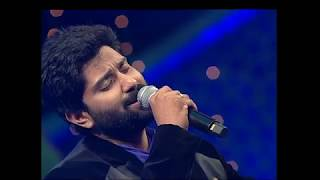 Anand sings enna idhu song