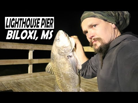 A Wild Night In Biloxi Lighthouse Fishing Pier Youtube