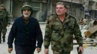 قاسم سليماني يتجول مزهوا على أطلال شرقي حلب