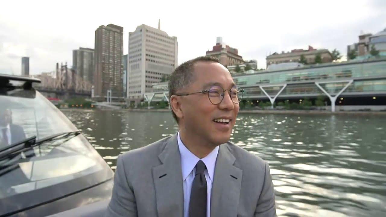 郭文貴先生船上報平安直播