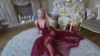 Hot Natural Blonde   CharmingLiz  Tease