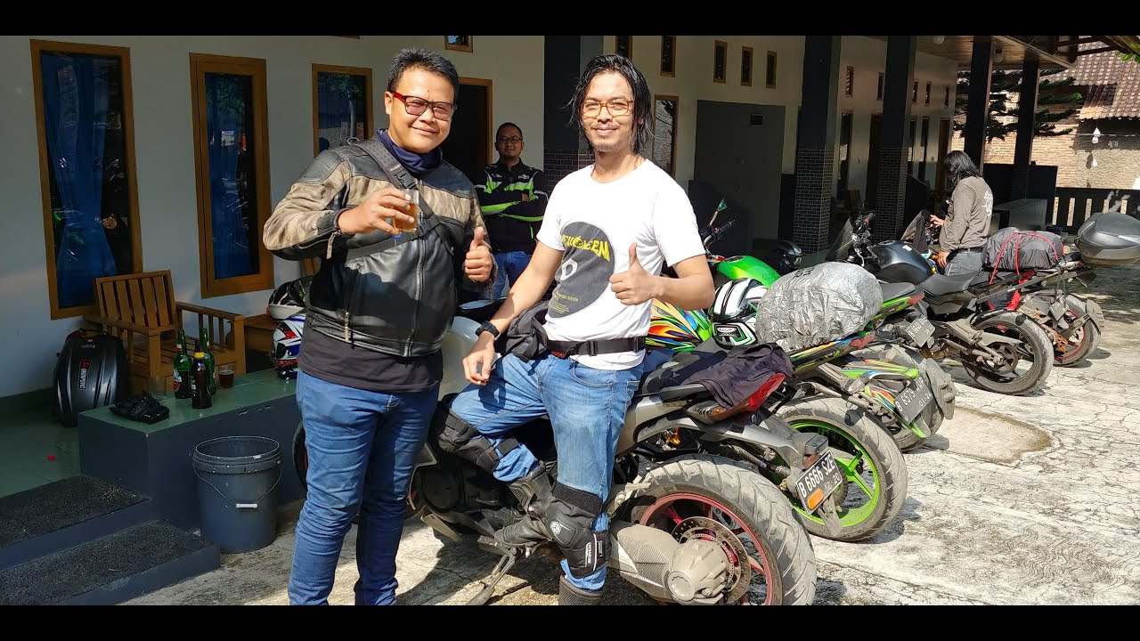 Honda VFR1200F Touring ke Rancabuaya