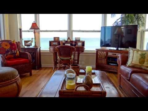 Exquisite 3 Bedroom/2.5 Bath Beach Front Vacation Rental on Anna Maria Island