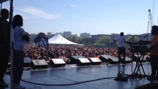 Chance the Rapper performs 'Arthur' theme at Dillo Day 2014