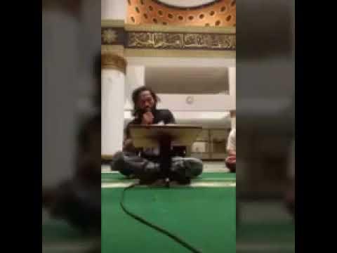 Cupink Topan Baca Al Qur an Di Masjid Dengan Irama Merdu Bersama Anak - anak