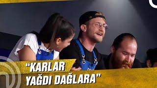 Tahsin'den Dilara'ya Şarkı | MasterChef Türkiye 66. Bölüm