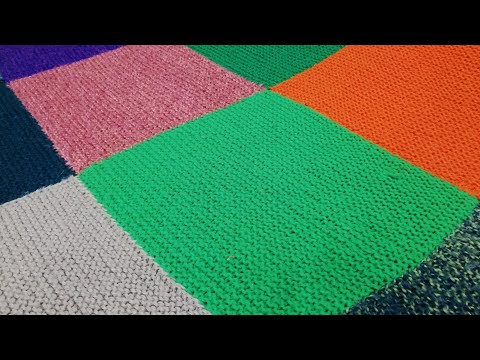 Вязаное спицами одеяло из квадратов