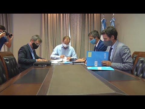 Obras de agua para dos colonias del departamento en un convenio firmado por Bordet con Enohsa