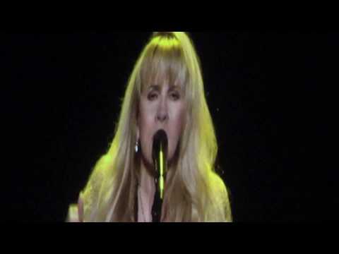 """Stevie Nicks """"Gold Dust Woman"""" Madison Square Garden December 1 2016"""