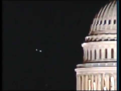 Massive UFO sightings over the Washington DC  Airport ?