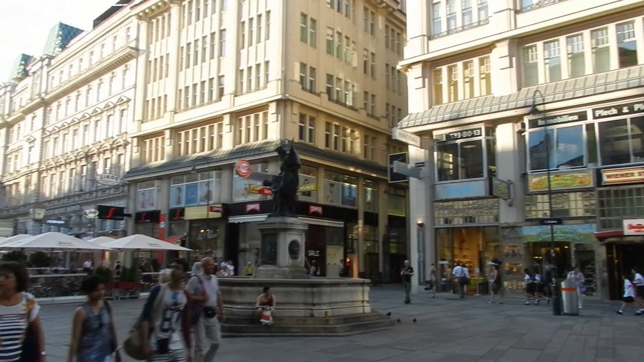 Vienna - City Centre Tour (Shopping streets and pedestrian ...