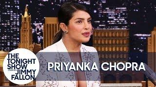 Baixar Priyanka Chopra Jonas Gets Stuck in a '90s Rom-Com in Isn't It Romantic