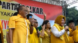Download Video NET17 - Titiek Soeharto Sukses Melengang Ke Senayan MP3 3GP MP4