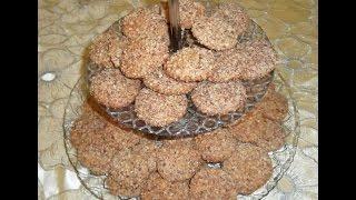 Repeat youtube video cookies au cacahuètes ...غريبة بالكاوكاو والكوك فاخرة سهلة ولذيذة