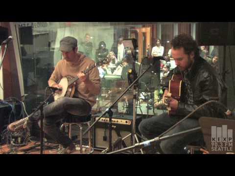 Broken Social Scene - Hit The Wall (Live on KEXP)