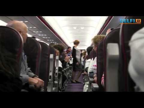 "Israeli fashion house ""Frau Blau"" held a fashion show on an airplane 2012"