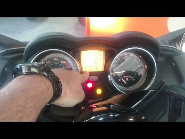 Piaggio X EVO 125.  Motos Arcas