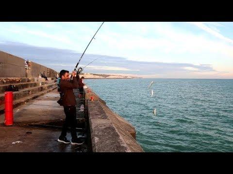 FISHING IN BRIGHTON MARINA  (CANON G7X MARK 2)