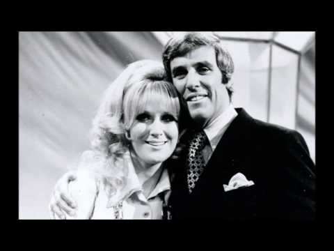 A BURT BACHARACH- HAL DAVID SONGBOOK