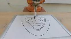 ABB Industrieroboter zeichnet Dynamo Dresden Logo