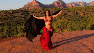 Скачать Naamah Bellydance At Sedona Cathedral Rock Sahara Nights By DJ Quincy Ortiz