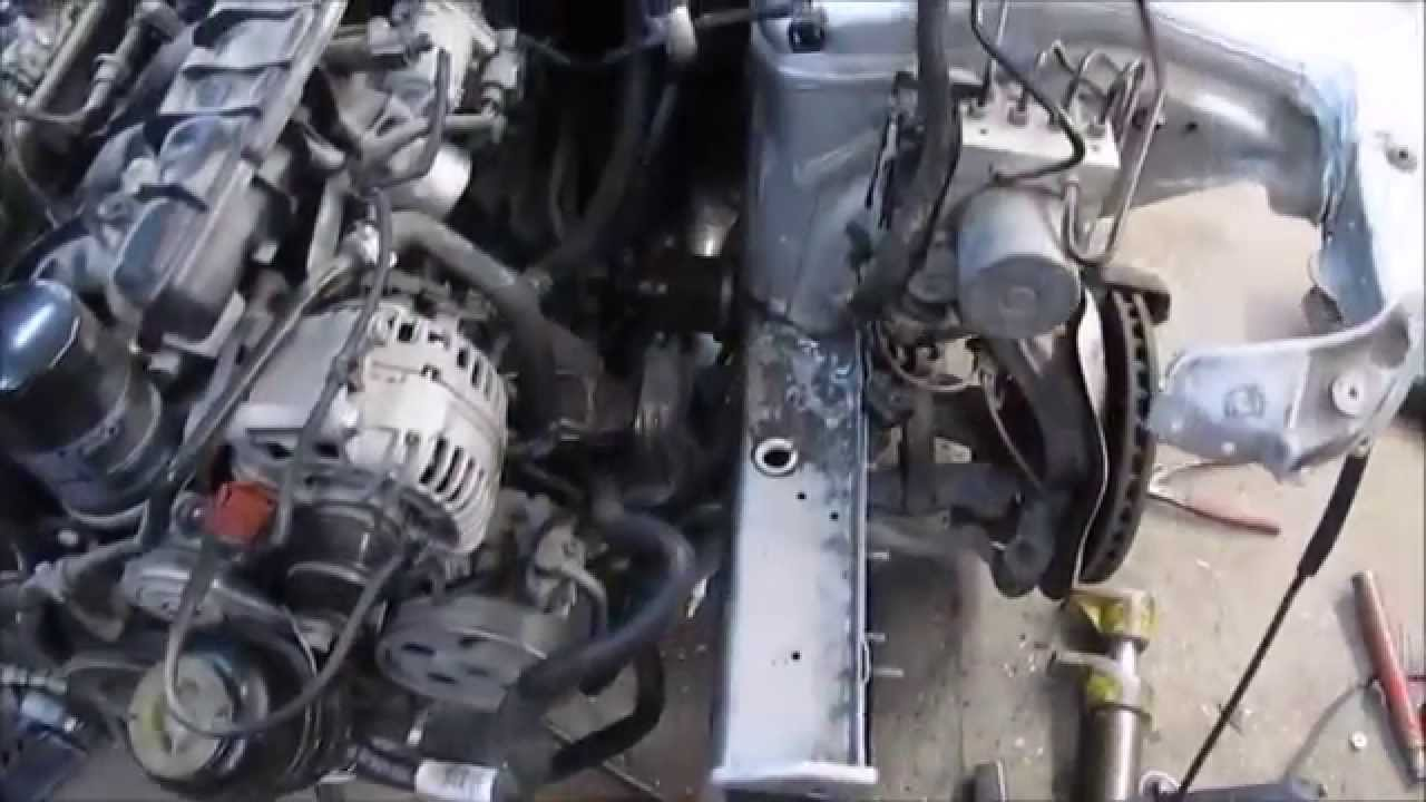Audi A6 (C5) 1998 2004   Front lock carrier service position placement   DIY Repair
