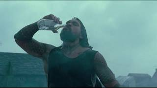 AQUAMAN WHISKY SCENE 720P HD - JUSTICE LEAGUE