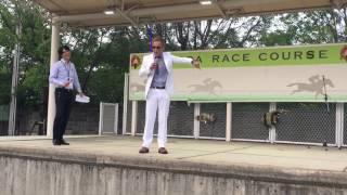 2017年6月23日(金)園田競馬場内のステージで、尼崎市武庫之荘出身のR-1...