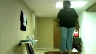 FAT GIRL FALLING DOWN!