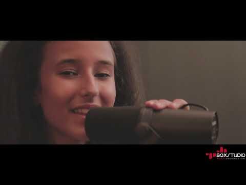 Sabina Craescu - Stai langa mine mama (Cover)