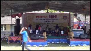 Repeat youtube video Mesum...? No. Gugur Bunga-Feby Cs-Band SMPN 3 Bayat Klaten Jawa-Tengah