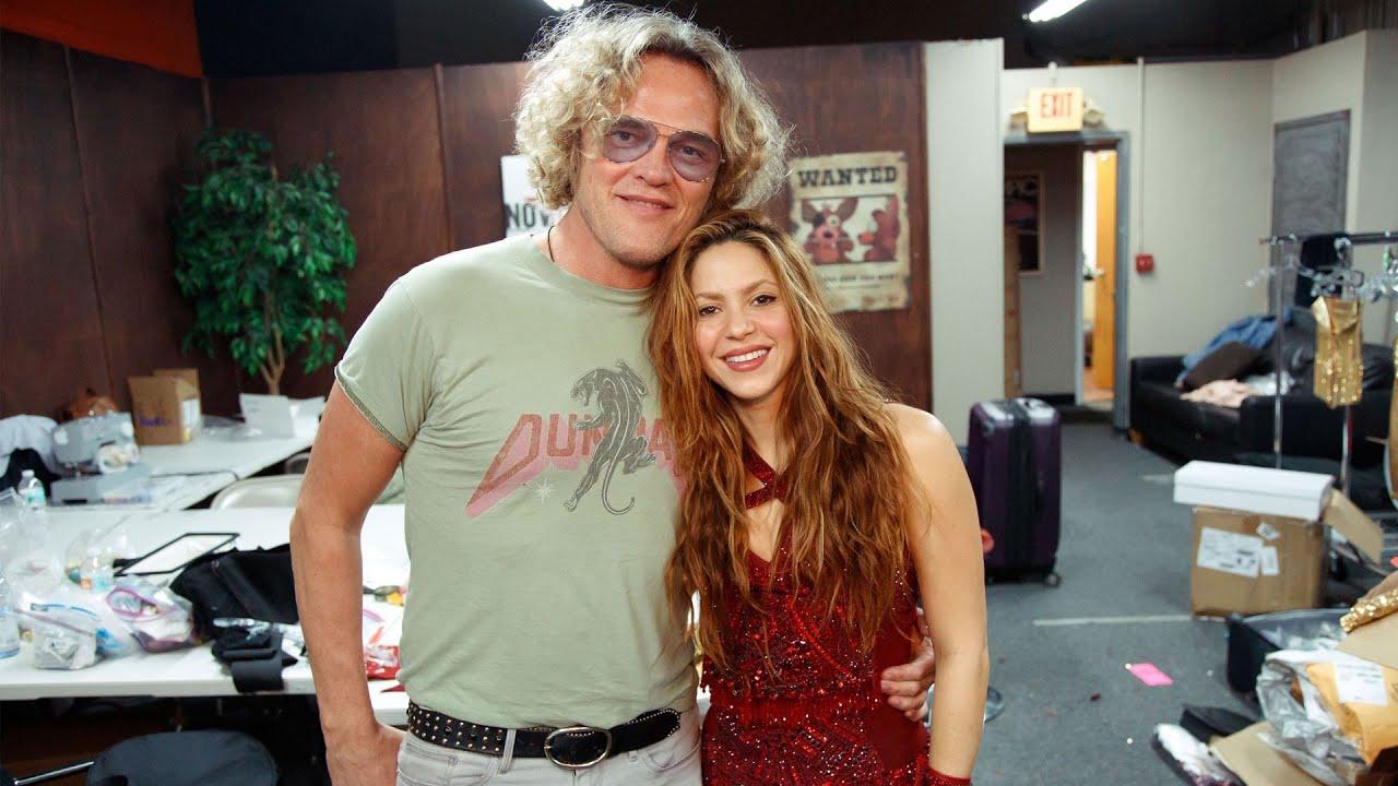 The Making Of Shakira's Super Bowl Outfits / Así se hizo el vestuario del show de la Super Bowl