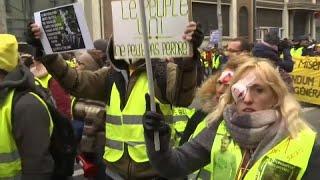 In ganz Frankreich protestieren die Gelbwesten gegen Polizeigewalt